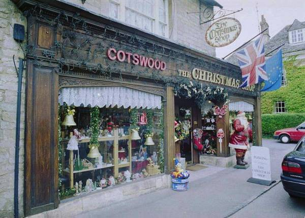 Christmas shop for The christmas shop